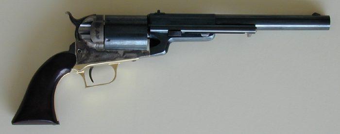 Револьвер Colt Walker Conversion под патрон .45 Colt.